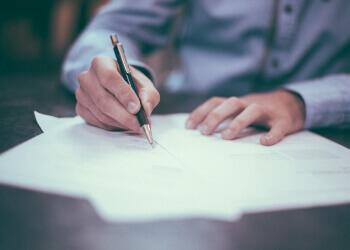 Hoe stel je je voor in een sollicitatiegesprek? Tips voor een sterke presentatie